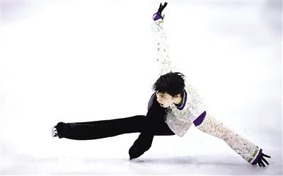 央视消息 4月13日,日本花滑女神浅田真央宣布退役,让日本民众失落不